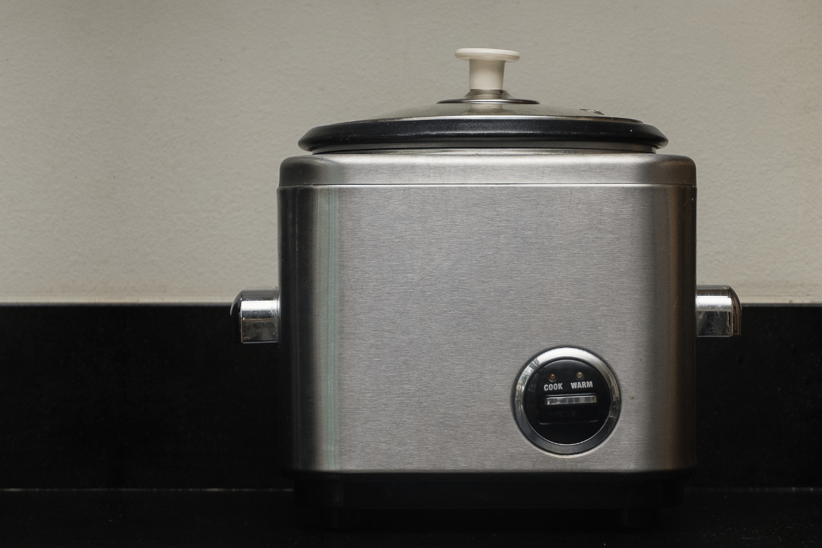 best japanese rice cooker - featured image