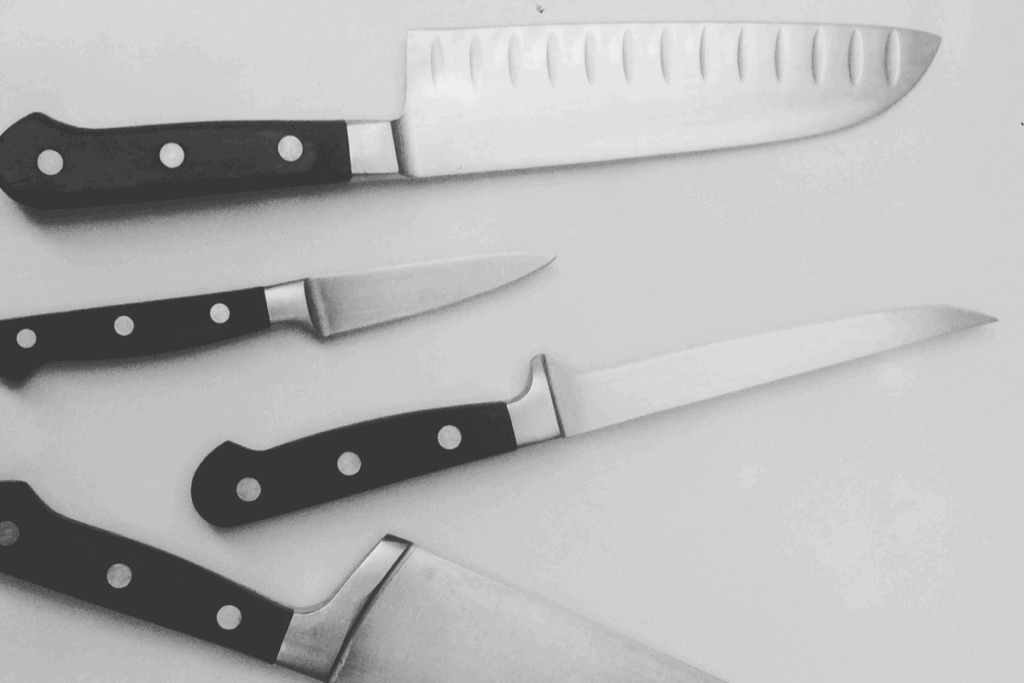 mercer knives review - featured image